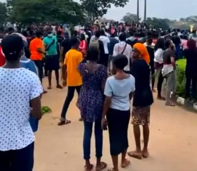 Protest Rocks OAU Over Final Students' Death